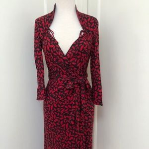 Diane von Furstenberg Wrap Dress Sz 4 100% Silk Re